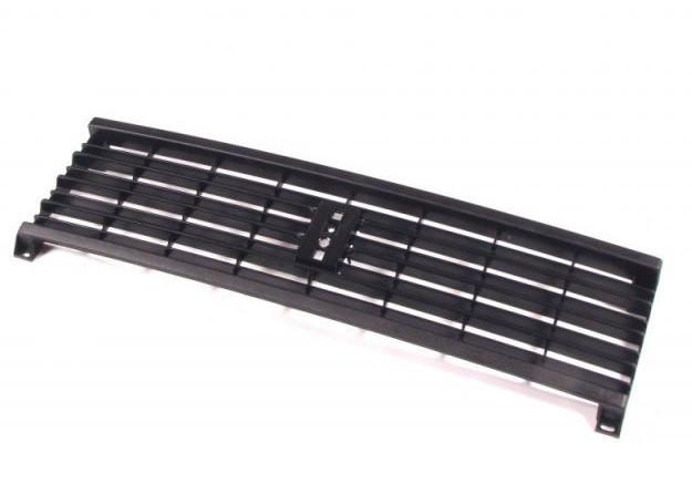 Решетка радиатора на ВАЗ 2104 2105 новая