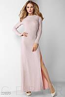 Нежно-розовое платье макси с открытой спиной и глубоким вырезом