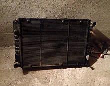 Радиатор охлаждения ГАЗ Волга 3110 карбюраторный медный бу