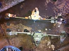 Стеклоподъемник задний правый ЗАЗ 1103 Славута 1105 Дана бу