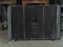 Радиатор охлаждения ГАЗ Волга 3110 31105 инжекторный медный бу