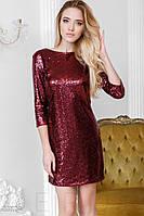 Блестящее платье с пайетками и открытой спиной красное