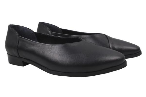 Туфли женские на низком ходу из натуральной кожи, черные Antares Турция
