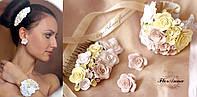 Стильный комплект украшений с цветами. Бежевые розочки, фото 1