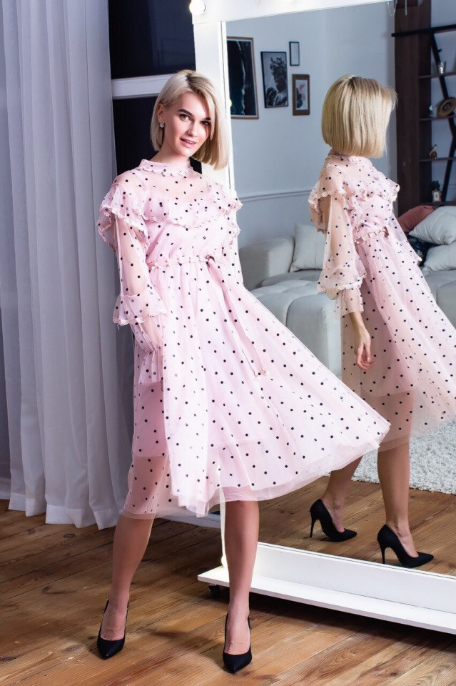 97a41394733 Шифоновое Платье в Горошек с Трикотажной Подкладкой и Поясом — в ...