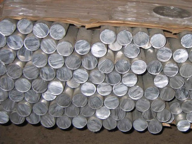 Круг алюминиевый Д16Т 180х3000 мм (2024Т351) круг дюралевый