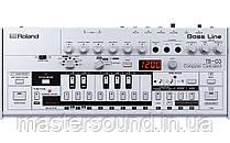 Бас синтезатор Roland TB-03