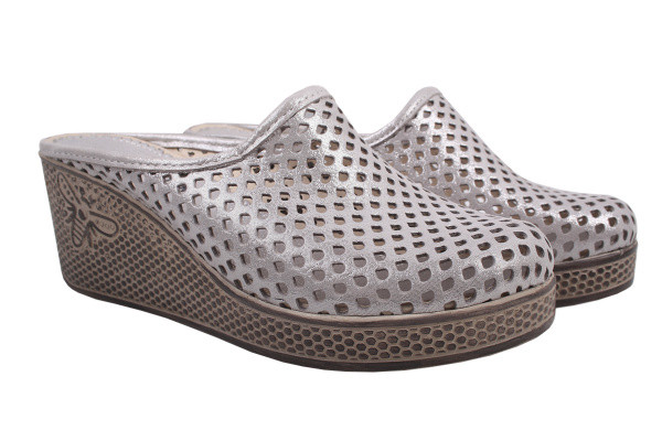 Шлепанцы Trio Trend натуральный сатин, цвет серебро
