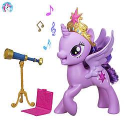 Интерактивная говорящая пони Твайлайт Спаркл Искорка Meet Twilight Sparkle Pony Figure