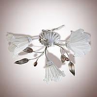 Люстра металлическая небольшая цветочная