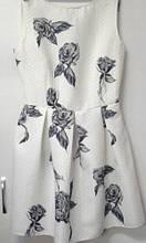 Плаття Mevis 1749-01, 164 білий темні рози