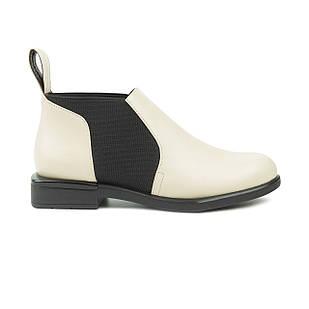 Ботинки Челси женские 36-38 Woman's heel молочные с черными вставками и квадратным каблуком