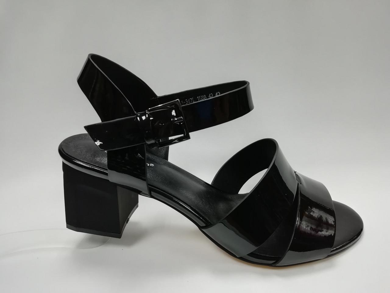 Кожаные босоножки на каблуке. Большие размеры ( 40 - 43 ).