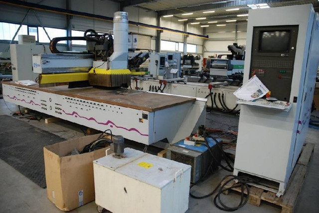 Обрабатывающий центр CNC HOMAG BOF 31