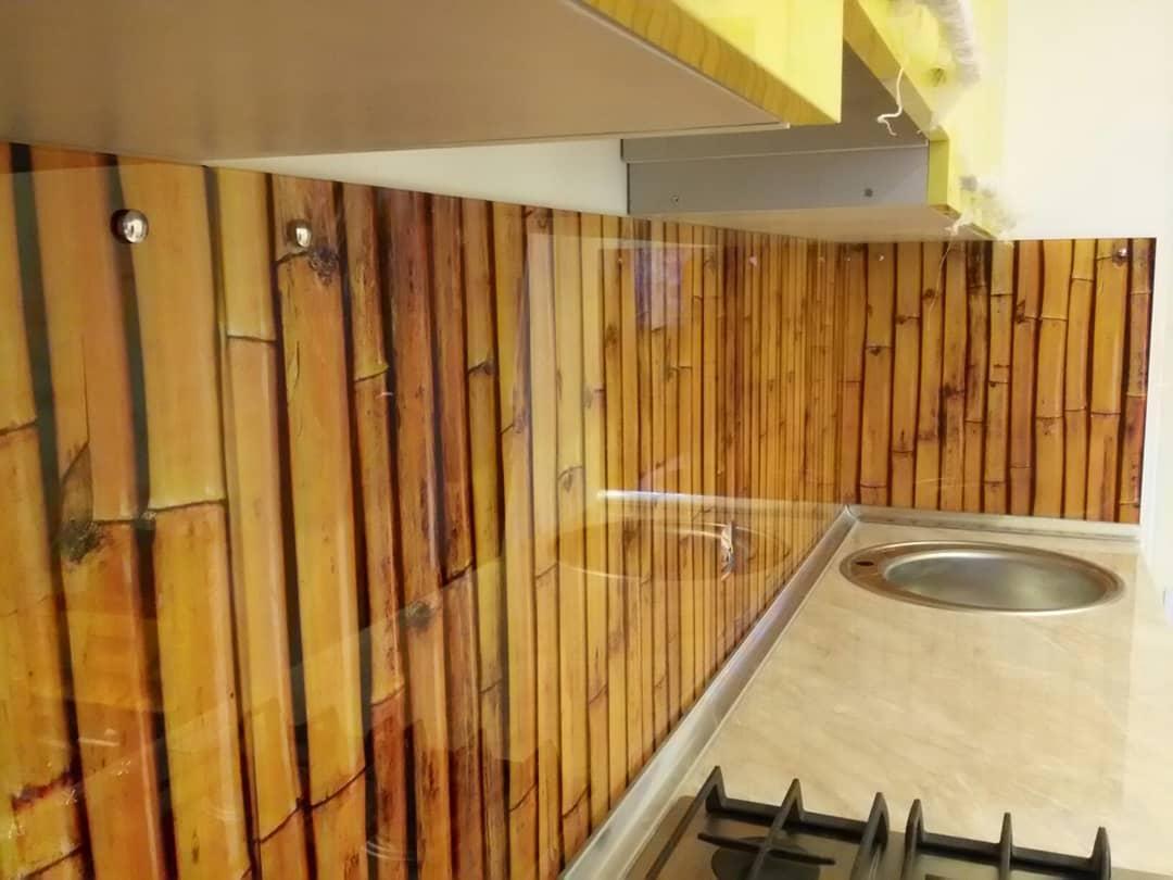 Скинали - бамбук жёлтый - стеклянная фотопанель для кухни