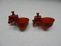 Микрочашечная поилка с двумя патрубками (МК-2) красн.