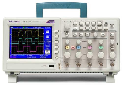 Цифровой запоминающий осциллограф TDS2000C