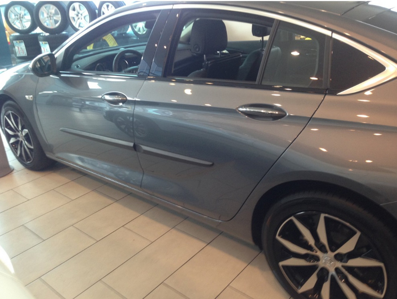 z-14 Opel Insignia 2017+ pu door mouldings
