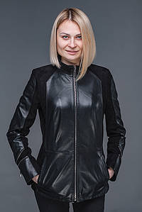 Женская кожаная куртка с замшевыми вставками