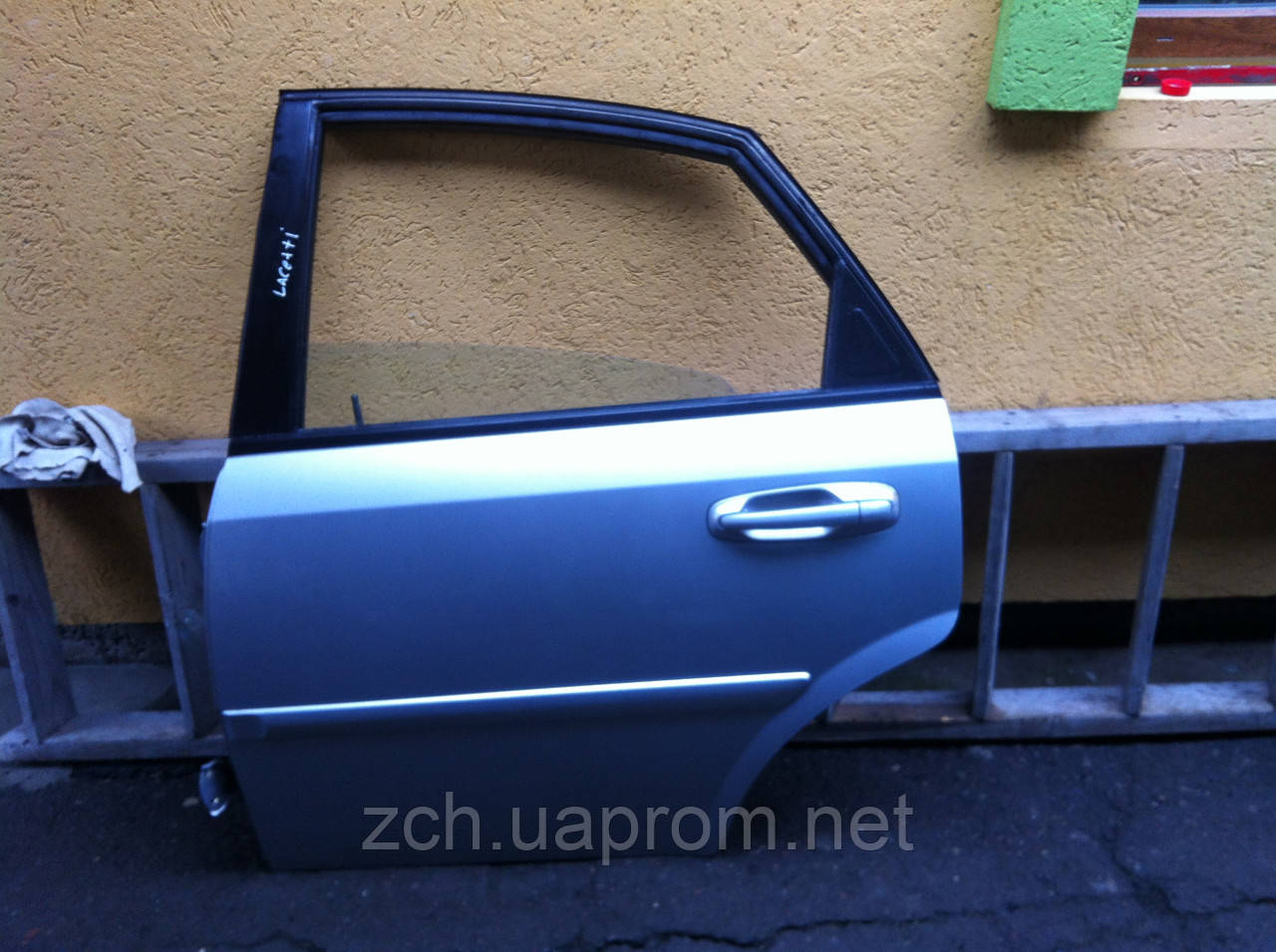 Дверь задняя Chevrolet Lachetti