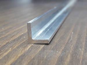 Уголок алюминий, без покрытия 10х10х2 R-2mm