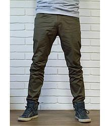 Чоловічі штани чінос кольору хакі