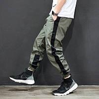 Мужские брюки джогеры с черным лампасом