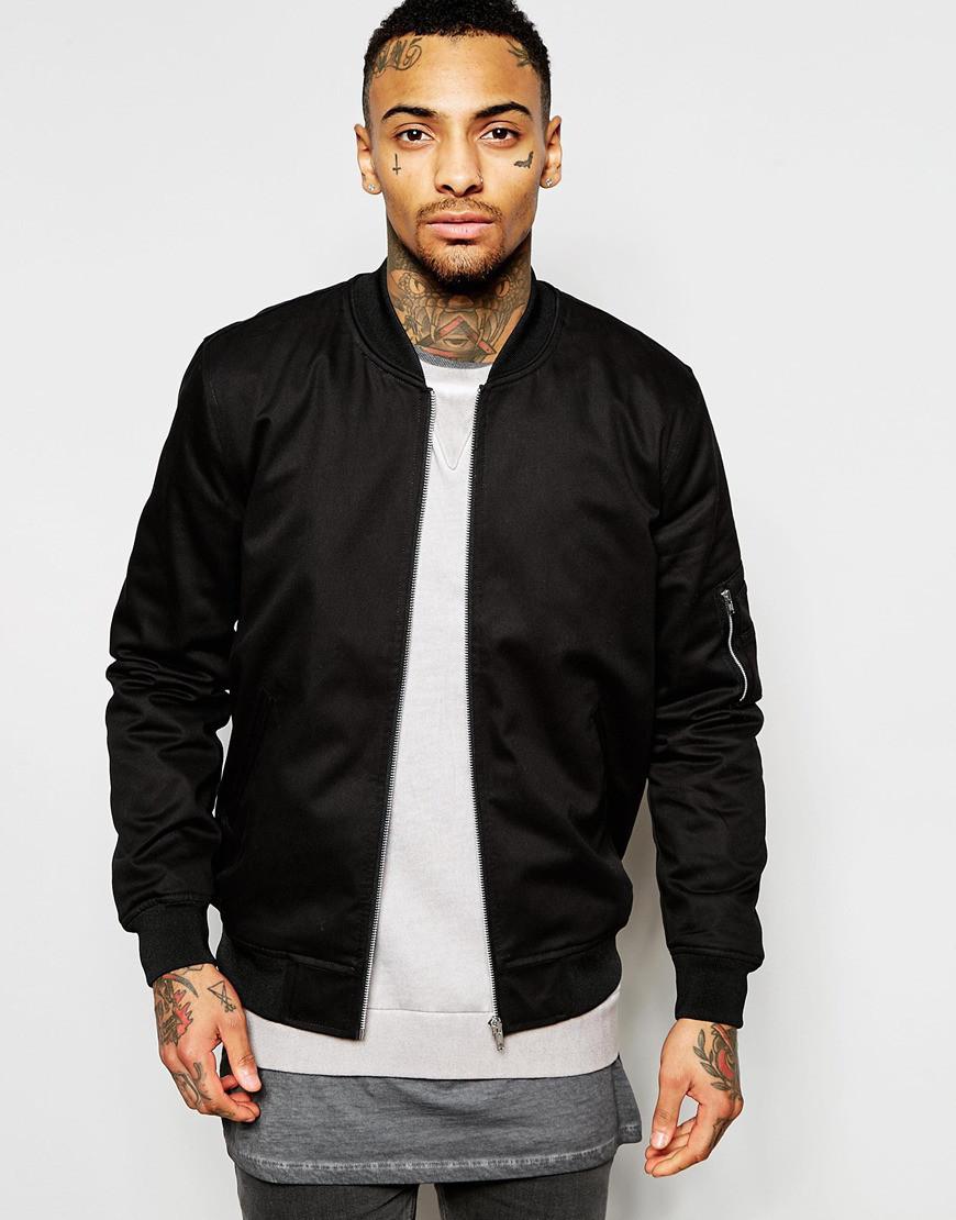 Куртка бомбер мужская черного цвета
