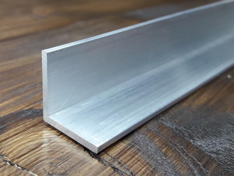 Уголок алюминий, без покрытия20х20х1,5