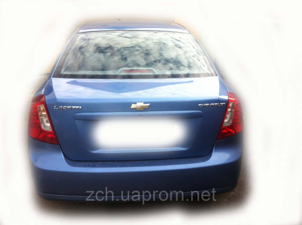Скло заднє Chevrolet Lachetti