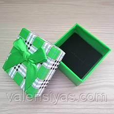 Подарочная коробочка для кольца зеленая клетка