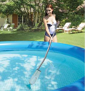 Небольшие ручные пылесосы для небольших бассейнов