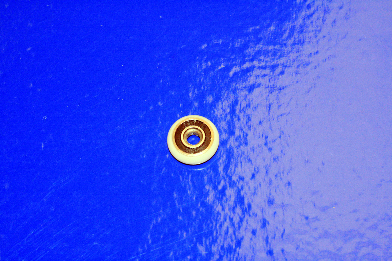 Колесо для ролика душевой кабины 19 мм.