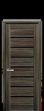 Дверное полотно Леона Кедр с черным стеклом