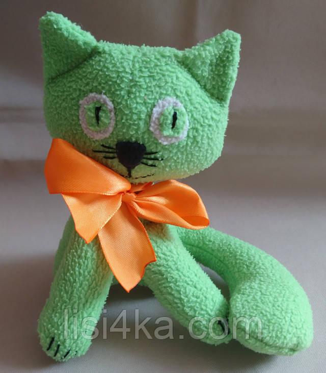 Интерьерная текстильная игрушка ручной работы в виде светлого котика