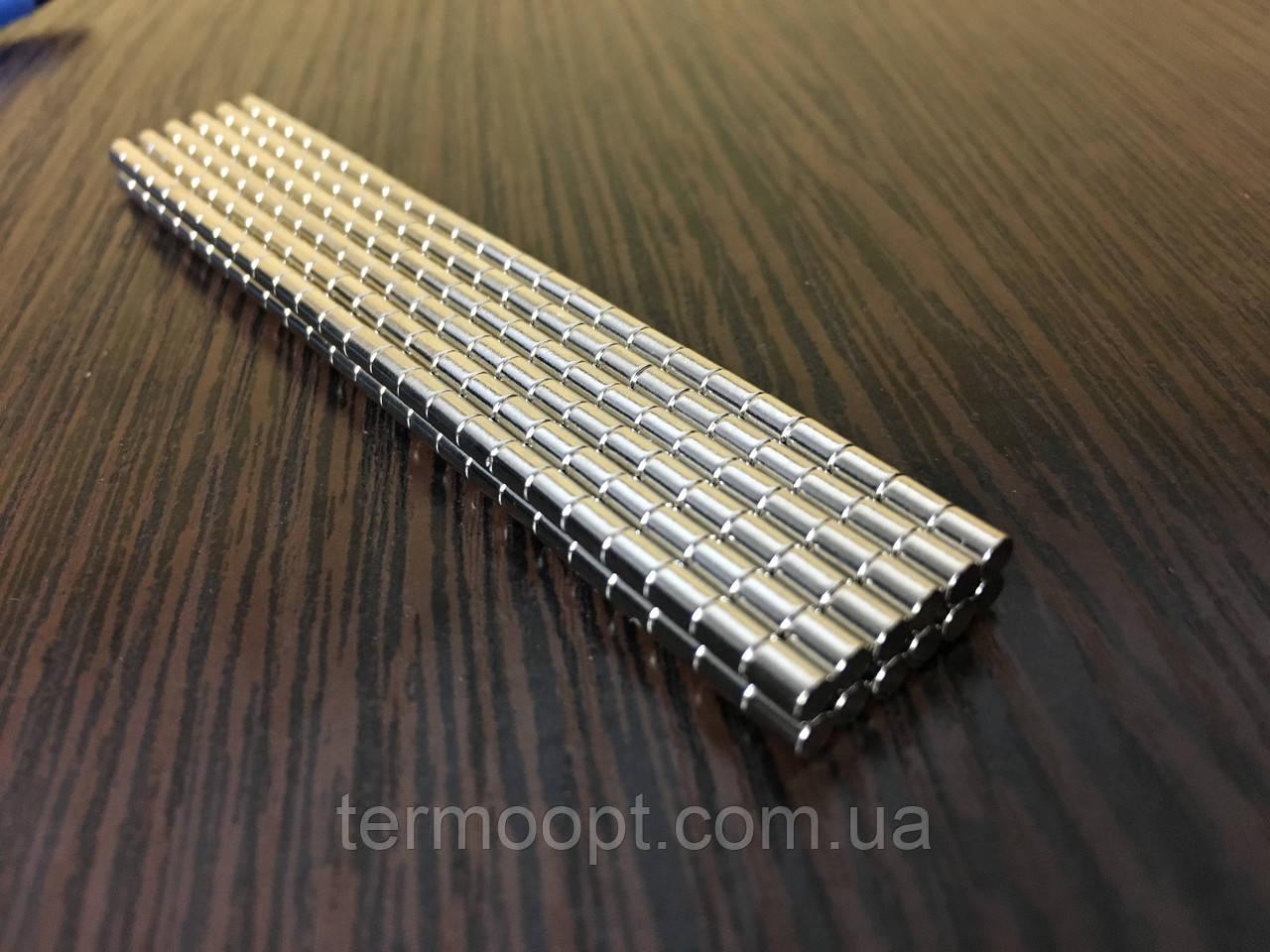 Неодимовый магнит 3 х 2 мм. (на 0,22 кг) N42. Польша.