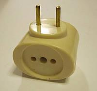 Тройник карболитовый желтый латунь 6А 250В, фото 1