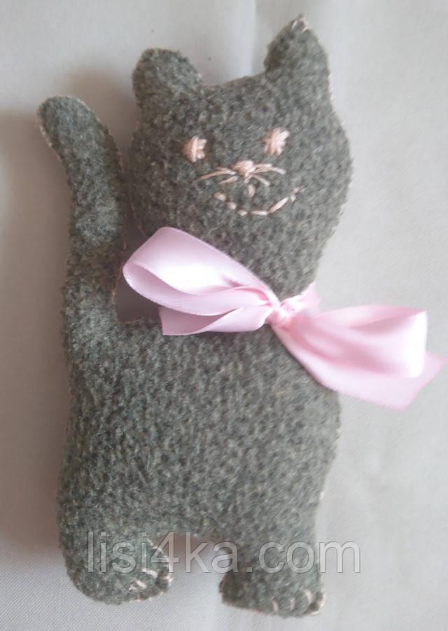 Мини игрушка котенок коричнево-серого цвета