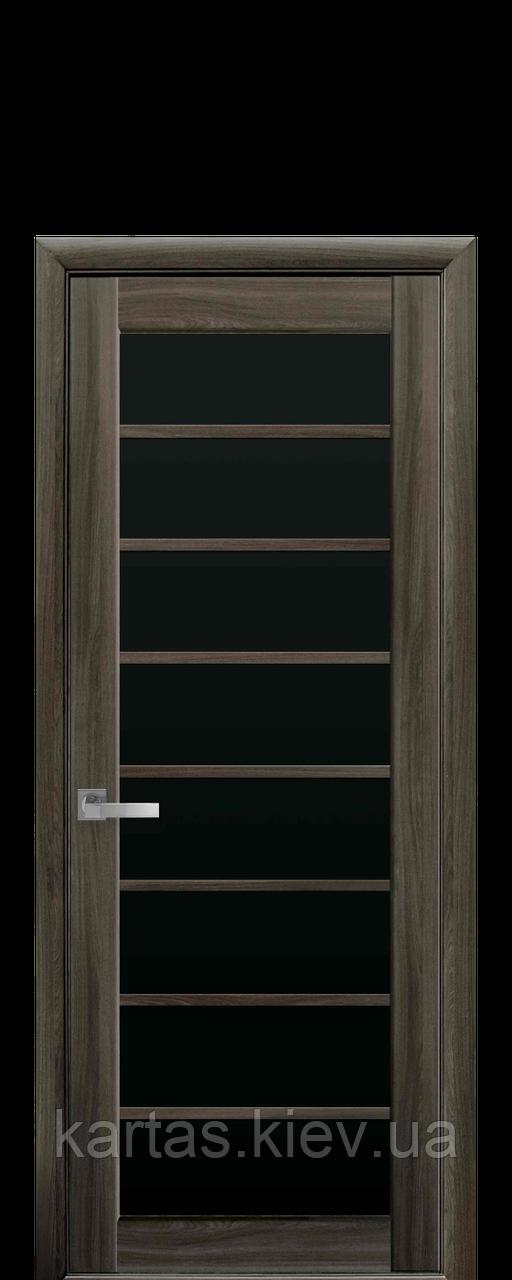 Дверное полотно Виола Кедр с черным стеклом