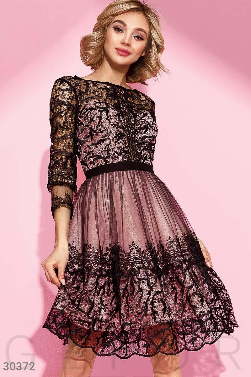 39498006a99 Вечернее Розовое Платье с Черной Сеткой с Вышивкой — в Категории ...
