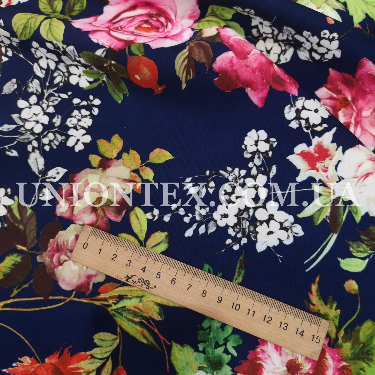 Ткань креп костюмка барби принт цветы на синем