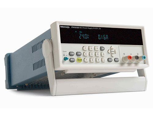 Источник питания постоянного тока с ручным управлением Tektronix серии PWS2000