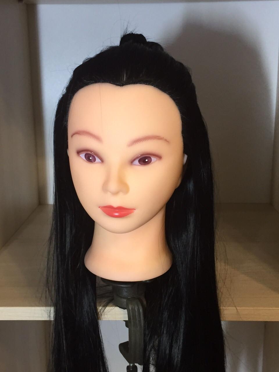 Голова манекен перукарська