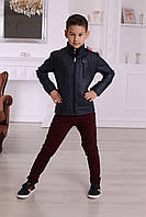 Утепленная кожанная куртка для мальчика темно-синего цвета