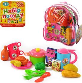 Дитячі посуд і продукти