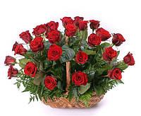 Корзинка  с красной розой  39шт