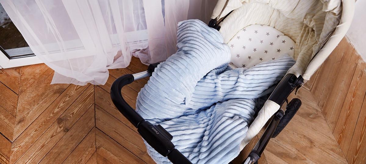 Набор для новорожденного в коляску  (одеяло, подушка, простынка)