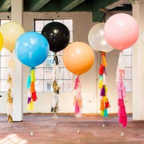 Купить гирлянду или Кисти Тассел для шаров гигантов в Украине: Харьков, Киев, Одесса, Днепр, Львов.
