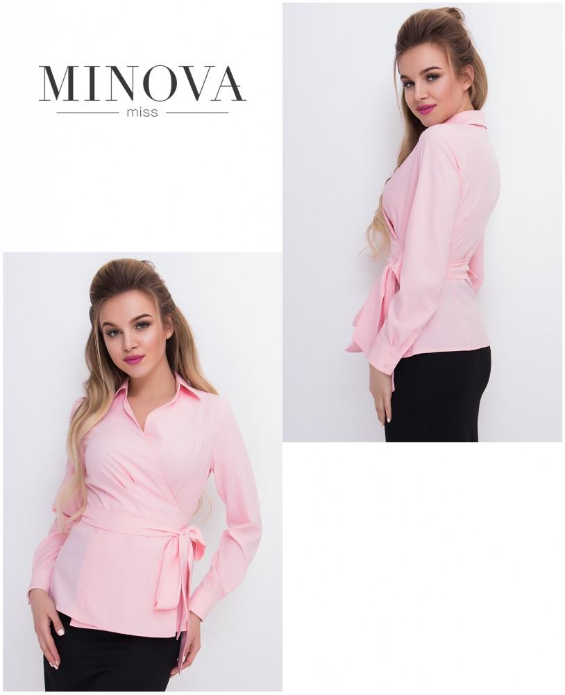 Жіноча блуза в діловому стилі на запах