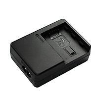 Зарядний Alitek VW-BC20 для Panasonic VW-VBN390 / VBN260, CGR-D54 / D28 / D320, VW-VBD58 / VBD29